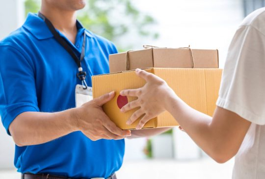 Who-We-Serve-Courier-Service